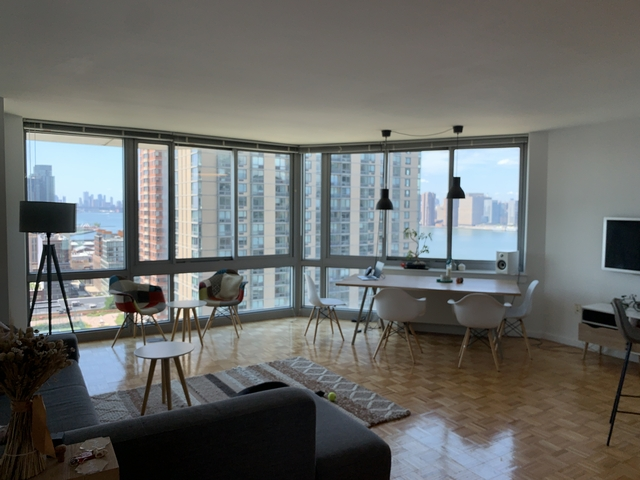 2 Bedrooms, Hunters Point Rental in NYC for $5,100 - Photo 1