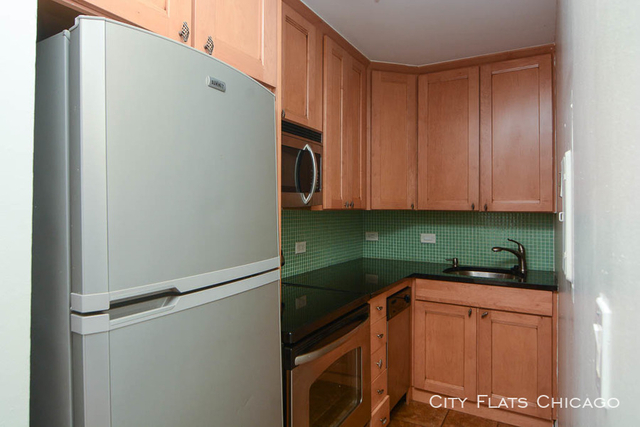 1 Bedroom, Wrightwood Rental in Chicago, IL for $1,625 - Photo 2