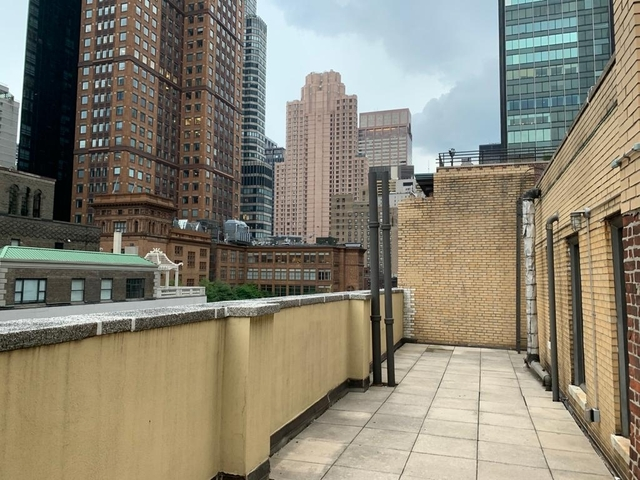 1 Bedroom, Theater District Rental in NYC for $4,250 - Photo 2