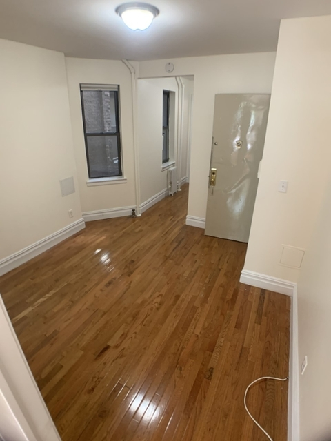1 Bedroom, Chelsea Rental in NYC for $2,612 - Photo 2