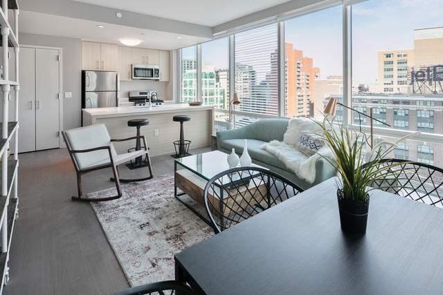 2 Bedrooms, Long Island City Rental in NYC for $3,917 - Photo 1