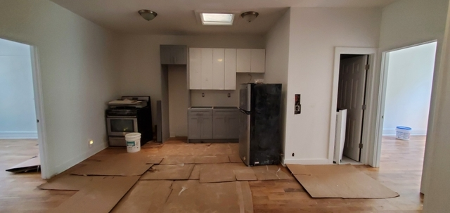 4 Bedrooms, Crown Heights Rental in NYC for $2,800 - Photo 2