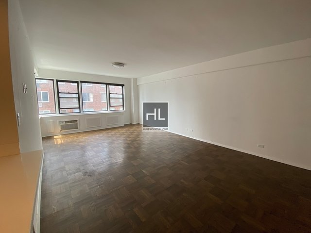 3 Bedrooms, Turtle Bay Rental in NYC for $8,600 - Photo 1