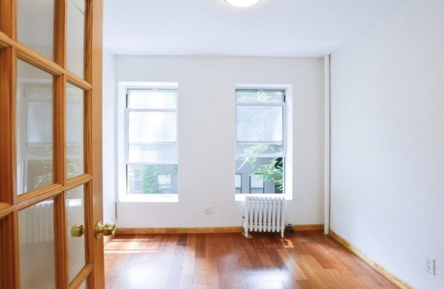 2 Bedrooms, Alphabet City Rental in NYC for $3,180 - Photo 1