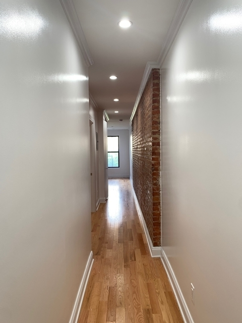 3 Bedrooms, Inwood Rental in NYC for $2,888 - Photo 1