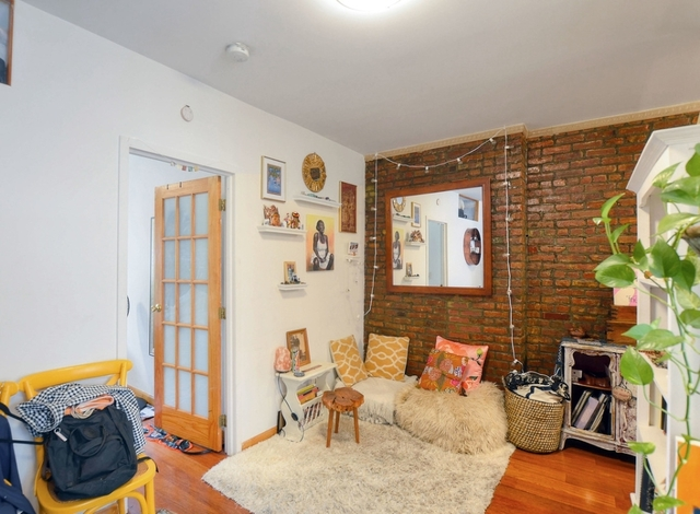 1 Bedroom, Alphabet City Rental in NYC for $2,649 - Photo 2