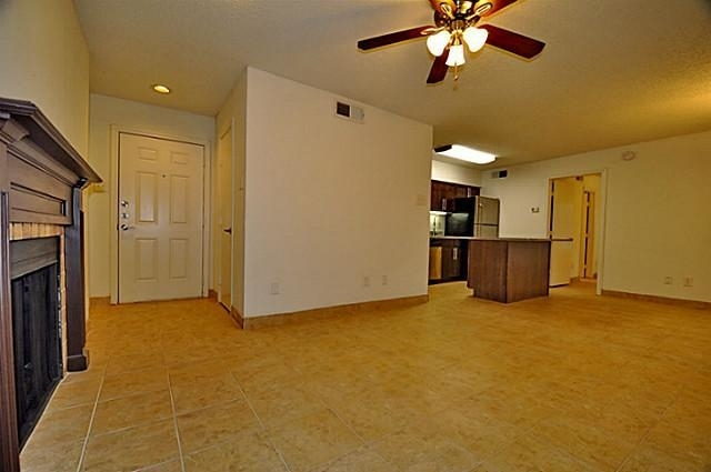 2 Bedrooms, White Rock Valley Rental in Dallas for $1,050 - Photo 2