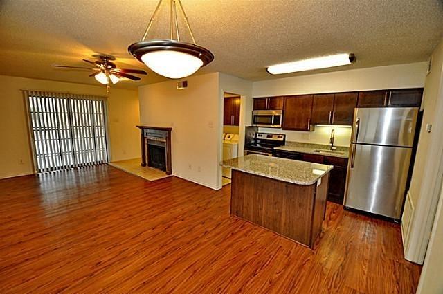 1 Bedroom, White Rock Valley Rental in Dallas for $999 - Photo 2