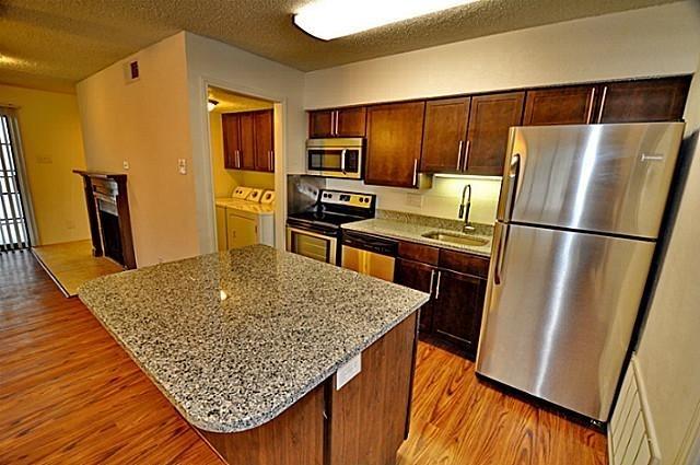1 Bedroom, White Rock Valley Rental in Dallas for $999 - Photo 1