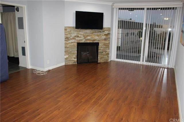 1 Bedroom, Sherman Oaks Rental in Los Angeles, CA for $2,000 - Photo 2