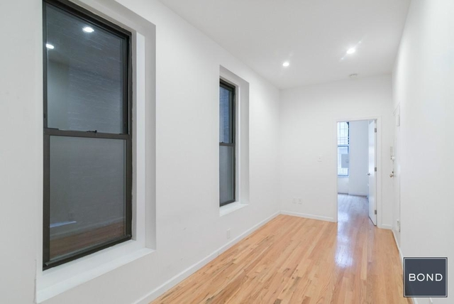 3 Bedrooms, Yorkville Rental in NYC for $3,662 - Photo 1