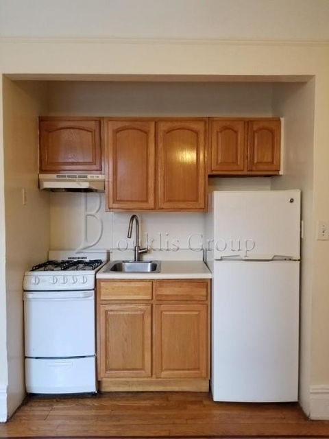1 Bedroom, Steinway Rental in NYC for $1,925 - Photo 2