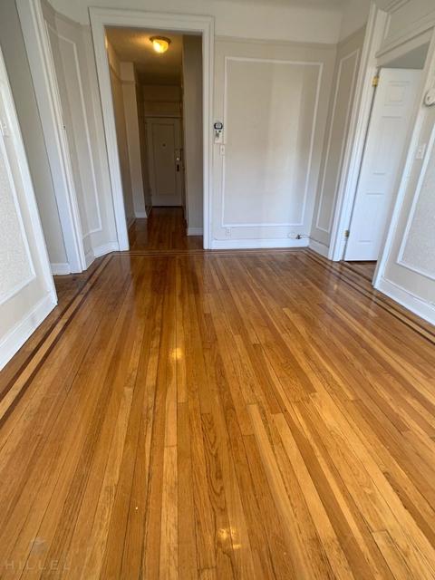 1 Bedroom, Astoria Rental in NYC for $2,012 - Photo 2