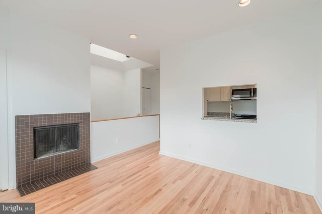 1 Bedroom, Adams Morgan Rental in Washington, DC for $2,300 - Photo 2