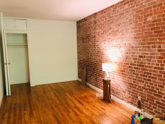 Studio, Yorkville Rental in NYC for $1,741 - Photo 2
