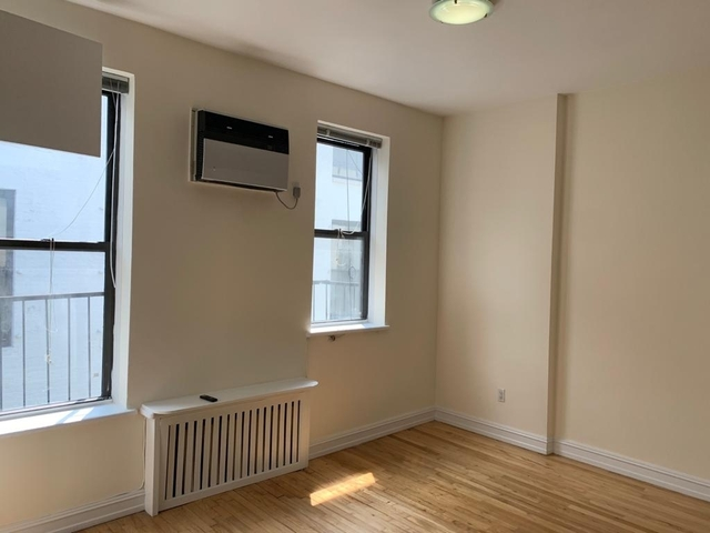 Studio, East Village Rental in NYC for $2,600 - Photo 2