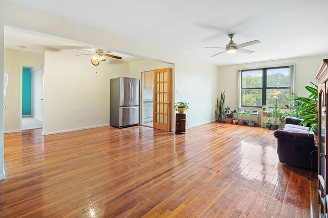 2 Bedrooms, Oakland Gardens Rental in Long Island, NY for $2,450 - Photo 1
