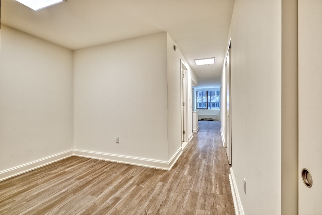 Studio, Financial District Rental in NYC for $2,664 - Photo 2