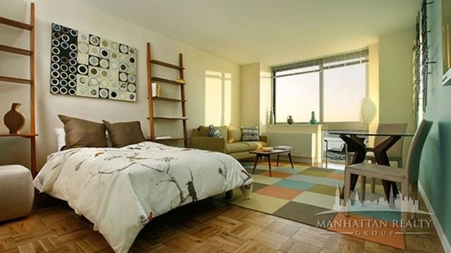 Studio, Hell's Kitchen Rental in NYC for $2,290 - Photo 1
