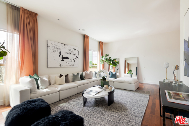 3 Bedrooms, Beverly Hills Rental in Los Angeles, CA for $7,500 - Photo 1