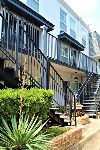 3 Bedrooms, Royal Knoll Townhomes Rental in Dallas for $1,800 - Photo 1