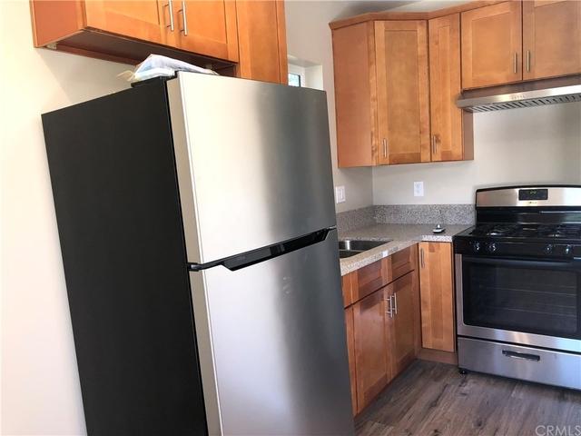 1 Bedroom, Van Nuys Rental in Los Angeles, CA for $1,499 - Photo 2