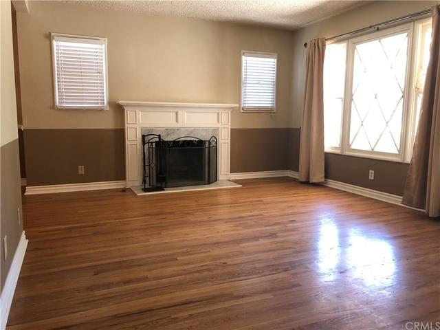 3 Bedrooms, Van Nuys Rental in Los Angeles, CA for $2,799 - Photo 2