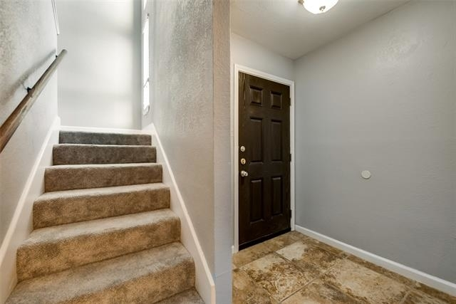 2 Bedrooms, Paschal Rental in Dallas for $1,750 - Photo 2