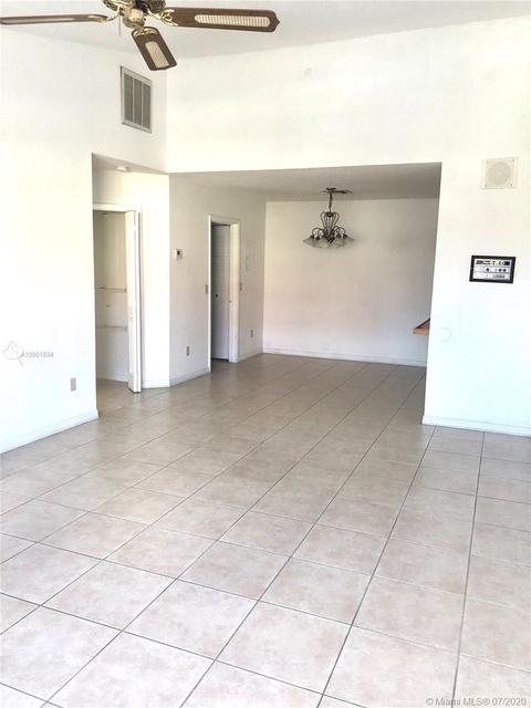 1 Bedroom, Kerland Rental in Miami, FL for $1,250 - Photo 2