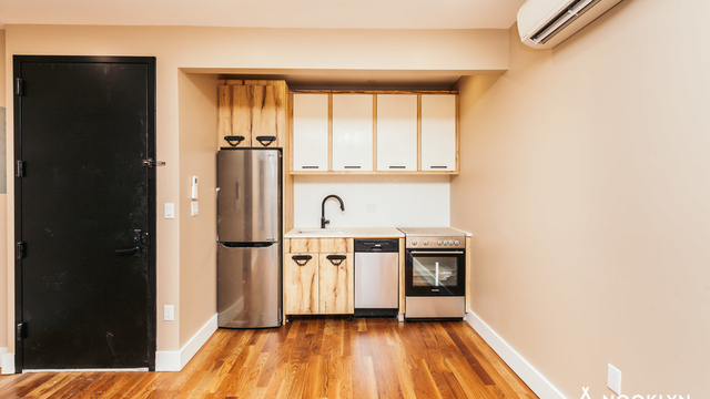 1 Bedroom, Williamsburg Rental in NYC for $2,950 - Photo 1