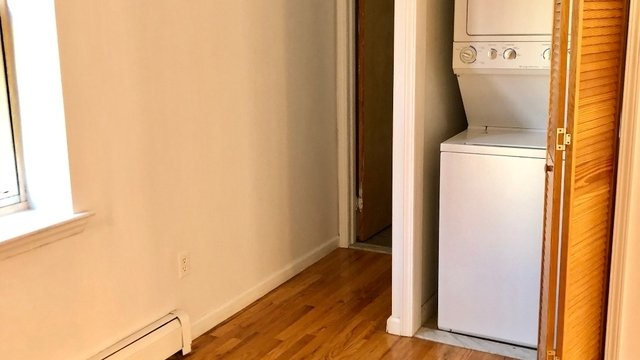 2 Bedrooms, Bushwick Rental in NYC for $2,399 - Photo 2