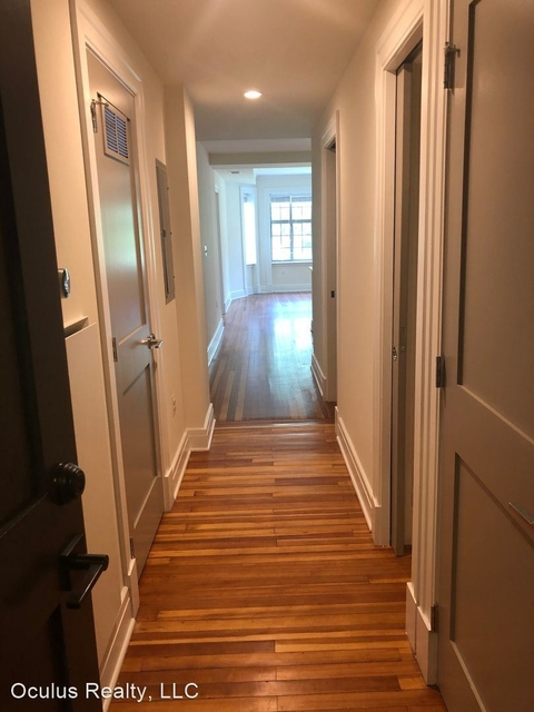 3 Bedrooms, Woodley Park Rental in Washington, DC for $4,453 - Photo 2