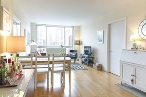 1 Bedroom, Alphabet City Rental in NYC for $3,845 - Photo 2
