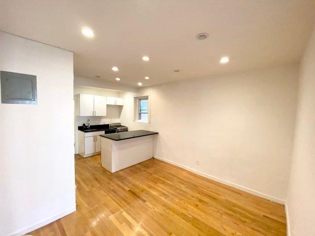 1 Bedroom, East Village Rental in NYC for $2,445 - Photo 2