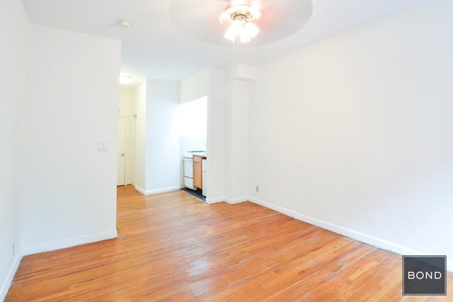 Studio, Hell's Kitchen Rental in NYC for $1,887 - Photo 2