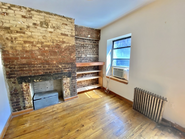 3 Bedrooms, Alphabet City Rental in NYC for $3,595 - Photo 2