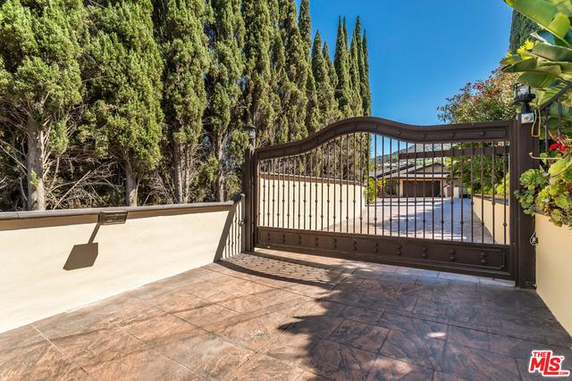 5 Bedrooms, Encino Rental in Los Angeles, CA for $7,950 - Photo 1
