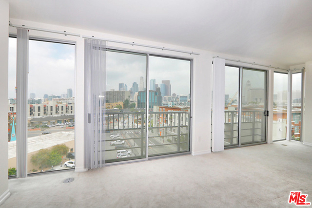 2 Bedrooms, Arts District Rental in Los Angeles, CA for $3,500 - Photo 2
