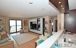 2 Bedrooms, East End South Rental in Long Island, NY for $3,000 - Photo 2
