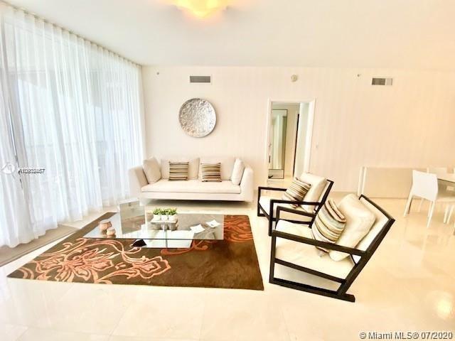 2 Bedrooms, Miami Beach Rental in Miami, FL for $5,900 - Photo 2