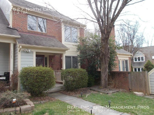 3 Bedrooms, Chantilly Rental in Washington, DC for $2,650 - Photo 1
