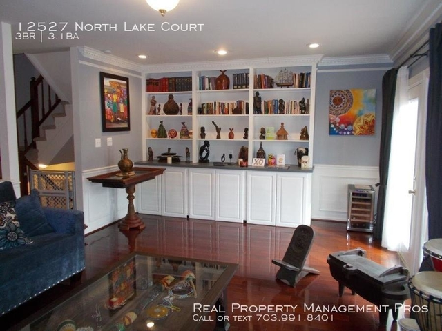 3 Bedrooms, Chantilly Rental in Washington, DC for $2,650 - Photo 2