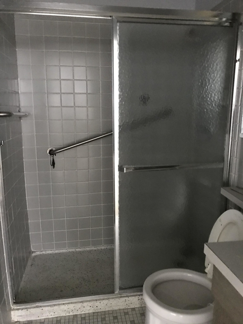 2 Bedrooms, Lake View East Rental in Chicago, IL for $2,200 - Photo 2