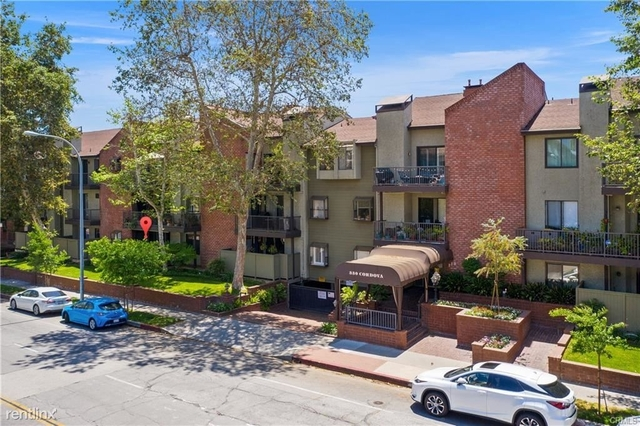 2 Bedrooms, Downtown Pasadena Rental in Los Angeles, CA for $3,200 - Photo 1
