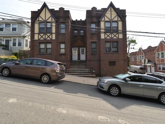 2 Bedrooms, Tompkinsville Rental in NYC for $1,750 - Photo 1