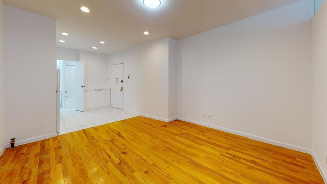 1 Bedroom, Yorkville Rental in NYC for $2,246 - Photo 1
