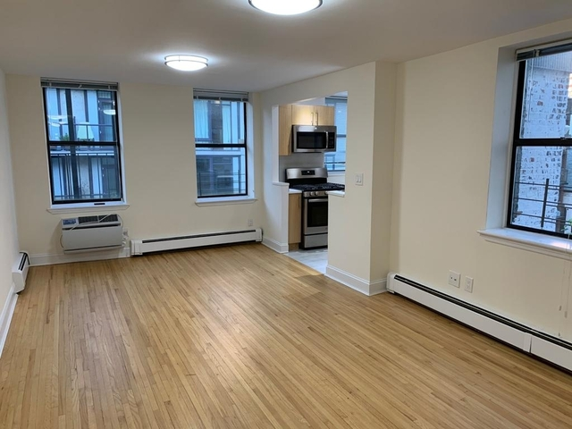 2 Bedrooms, Hell's Kitchen Rental in NYC for $4,850 - Photo 2