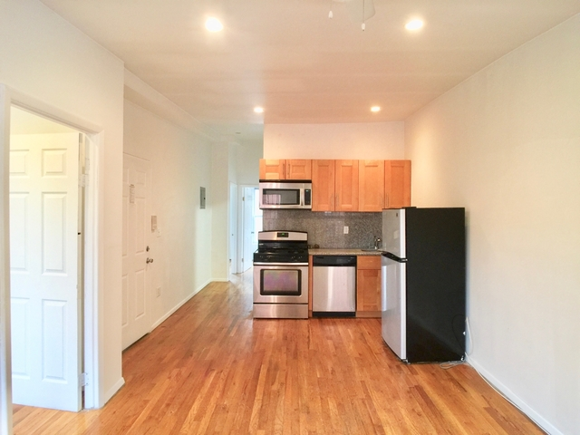 3 Bedrooms, East Williamsburg Rental in NYC for $2,699 - Photo 2