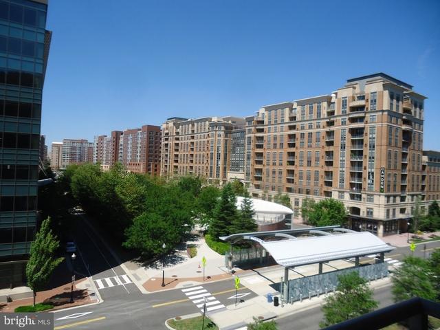 1 Bedroom, Southwest Washington Rental in Washington, DC for $1,895 - Photo 1