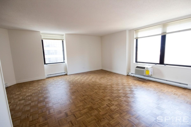 2 Bedrooms, Yorkville Rental in NYC for $5,695 - Photo 2